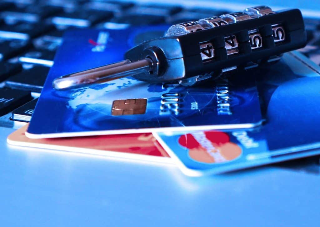 Securing financial transactions on mobile